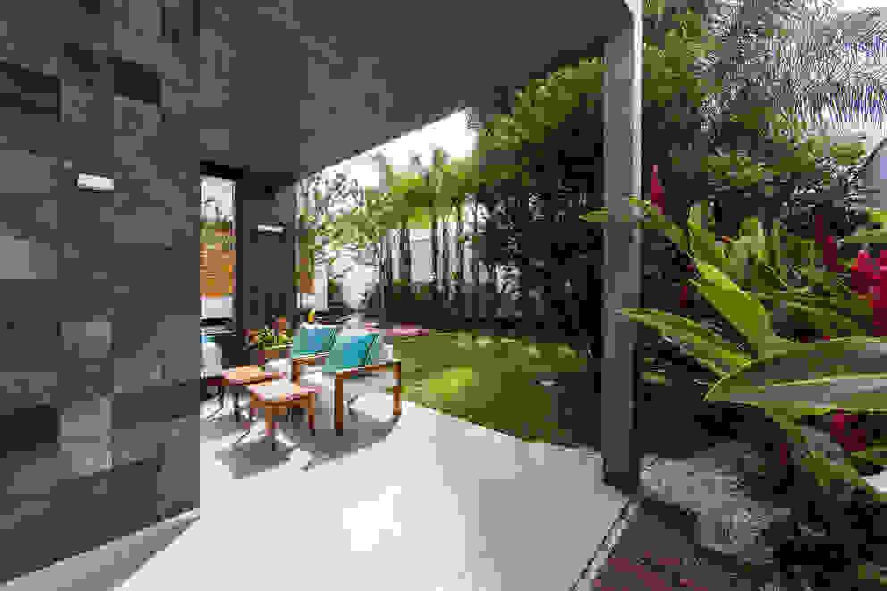 Terrazas de estilo  de Felipe Bueno Arquitetura, Moderno