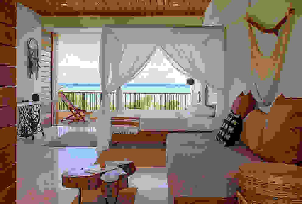 Casa Xixim Dormitorios de estilo tropical de Specht Architects Tropical