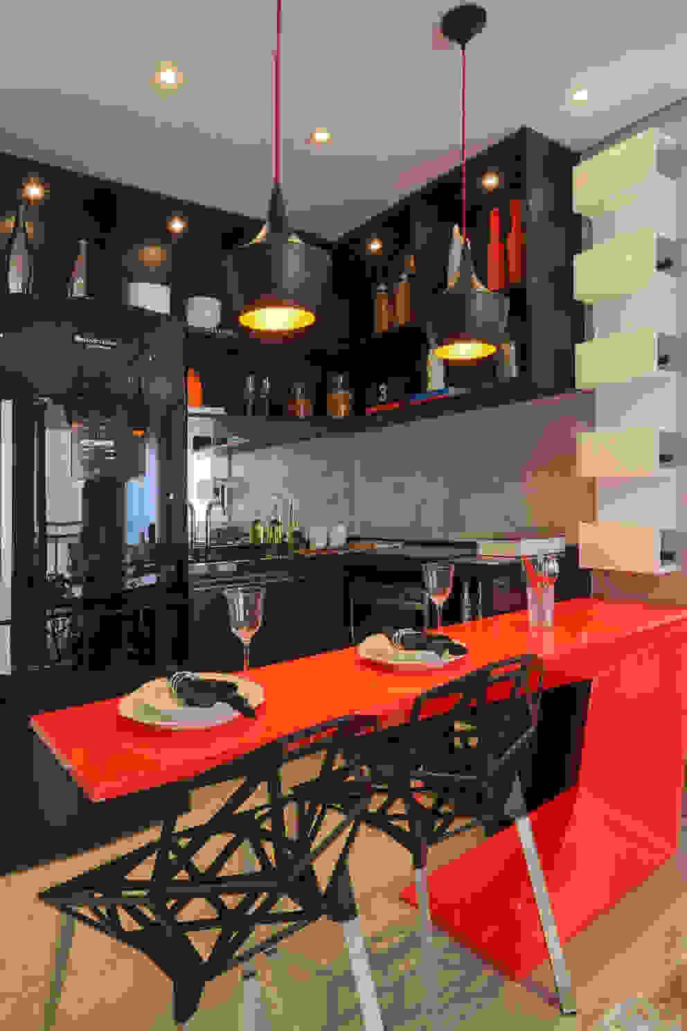 Cocinas de estilo  por Chris Silveira & Arquitetos Associados