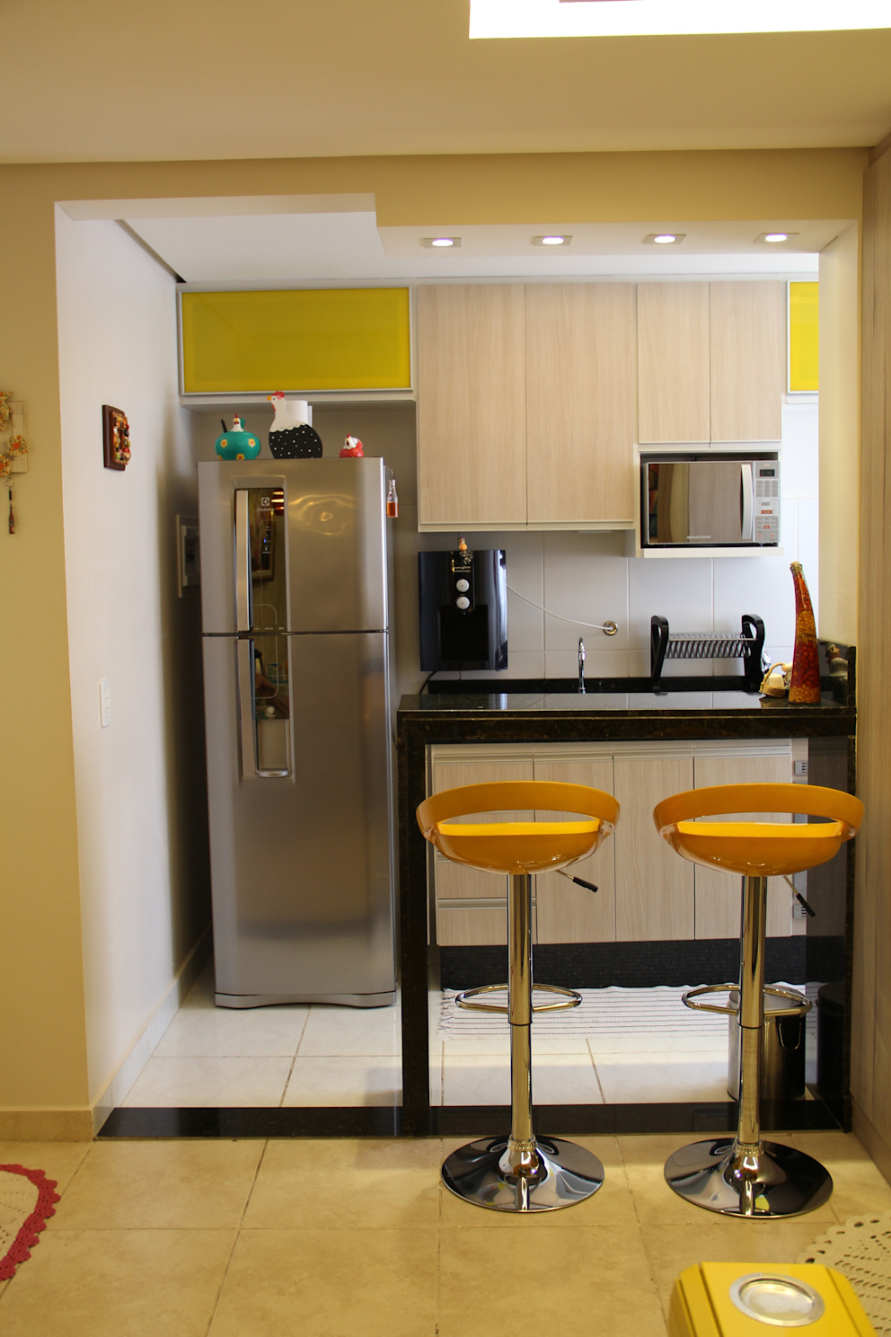 Residência Goiânia/GO: Cozinhas  por Donakaza