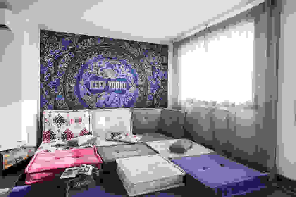 Salas de estar mediterrâneas por Alessandro Corina Interior Designer Mediterrâneo