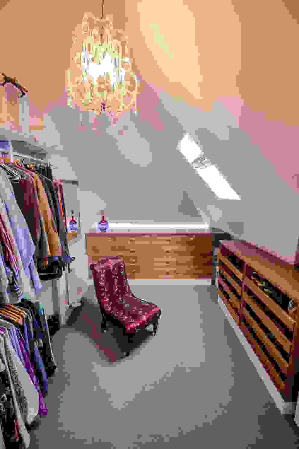 Closets  por DPS ltd. , Moderno