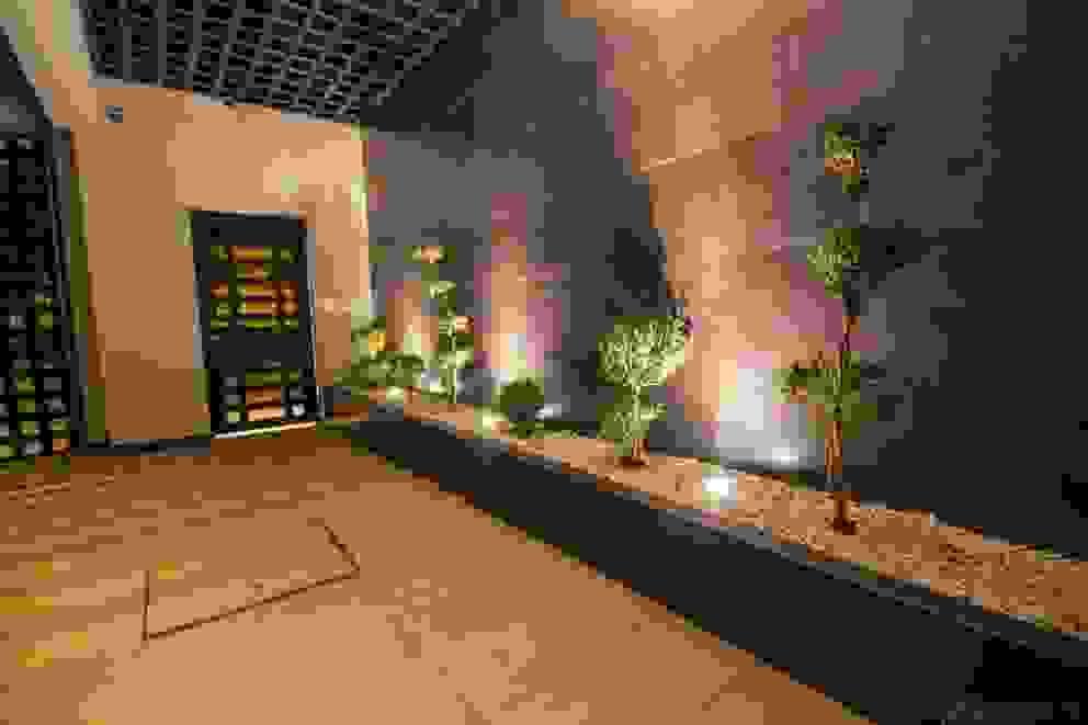 Corridor & hallway by Cenit Arquitectos, Modern