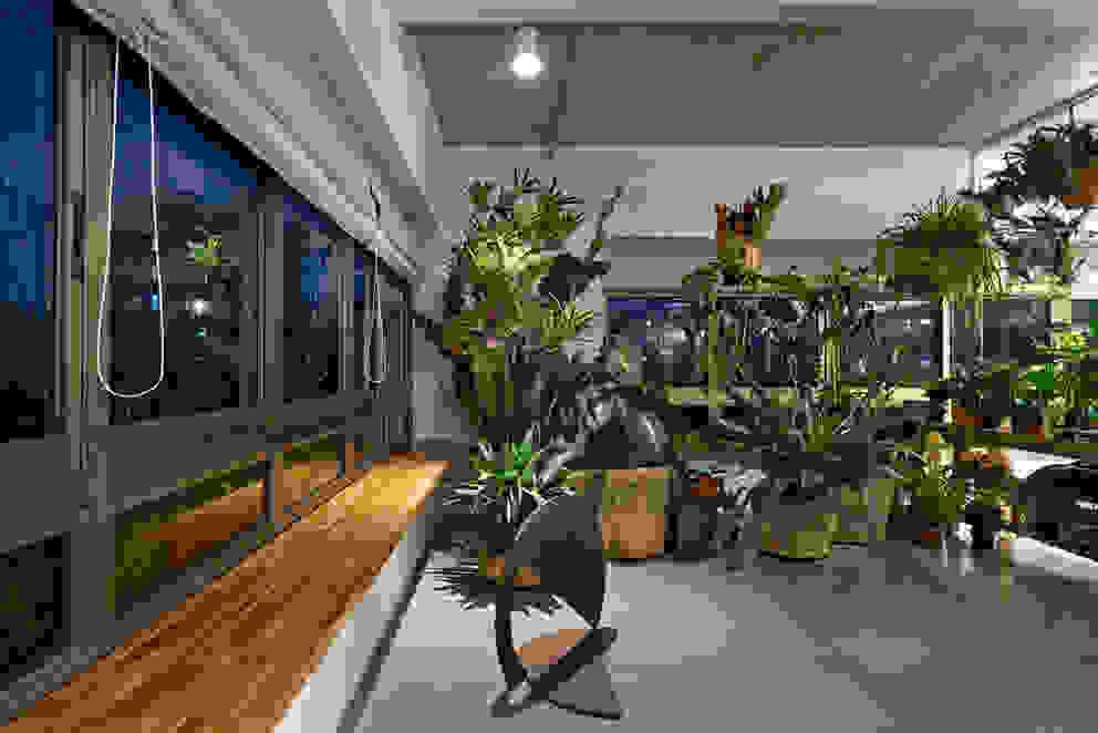 Jardim Interno Jardins de inverno minimalistas por Piratininga Arquitetos Associados Minimalista