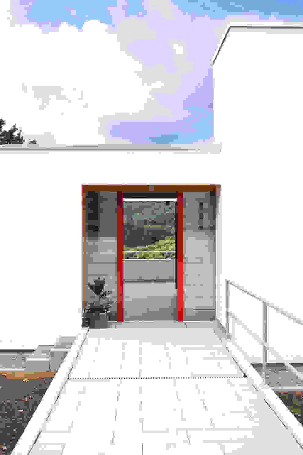 Windows by DANKE Architekten, Modern