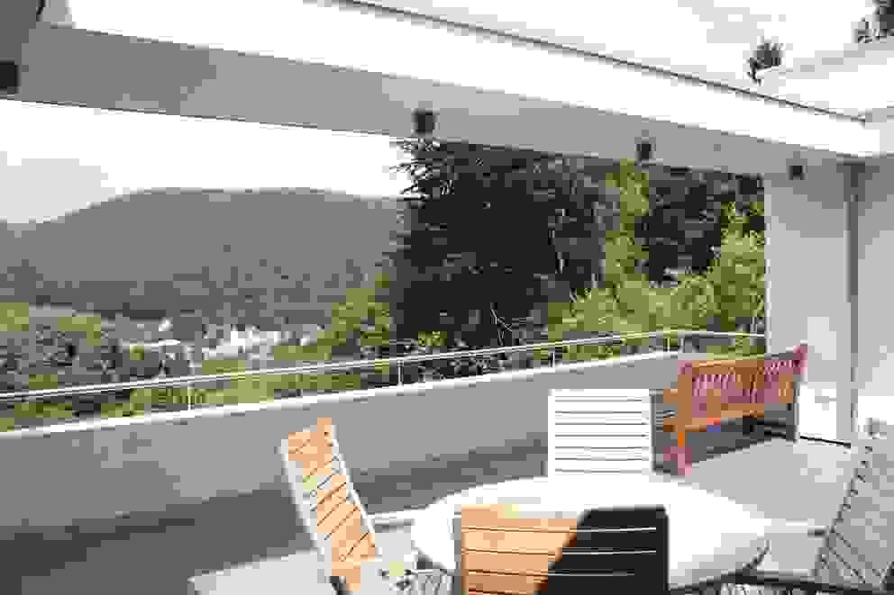 Patios by DANKE Architekten, Modern