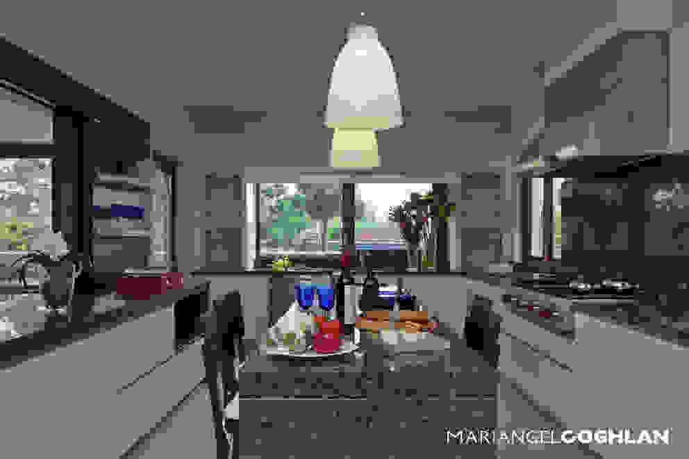 Cozinhas modernas por MARIANGEL COGHLAN Moderno