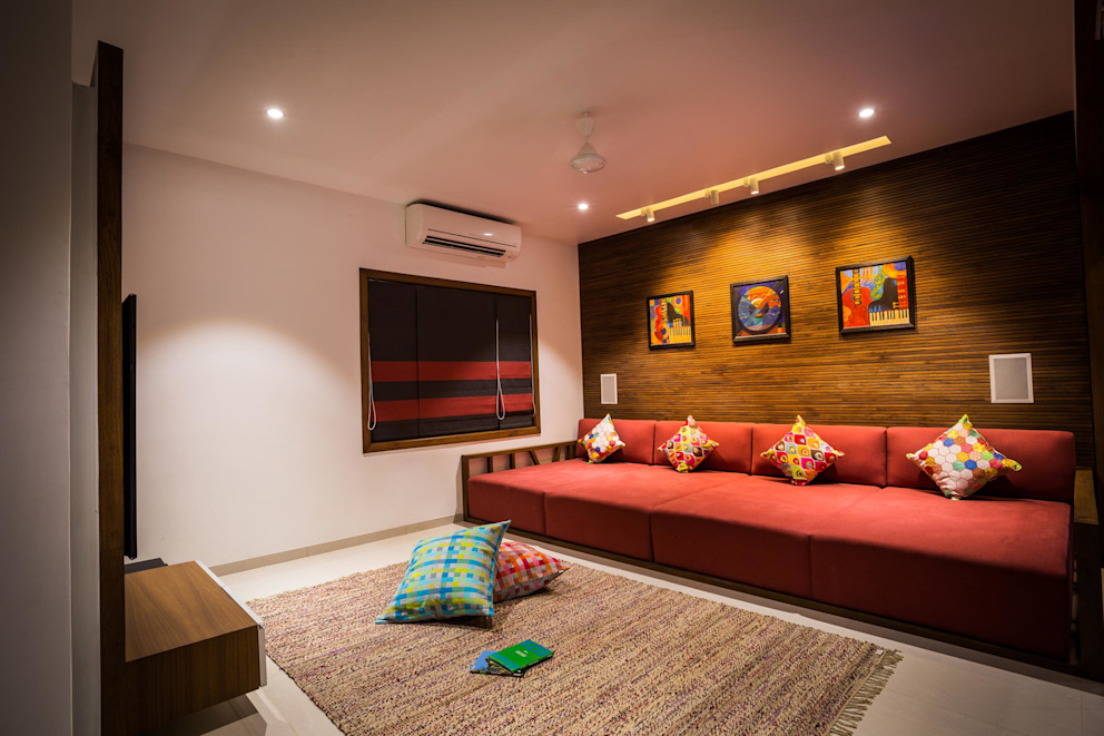 Chandresh bhai interiors Modern living room by Vipul Patel Architects Modern