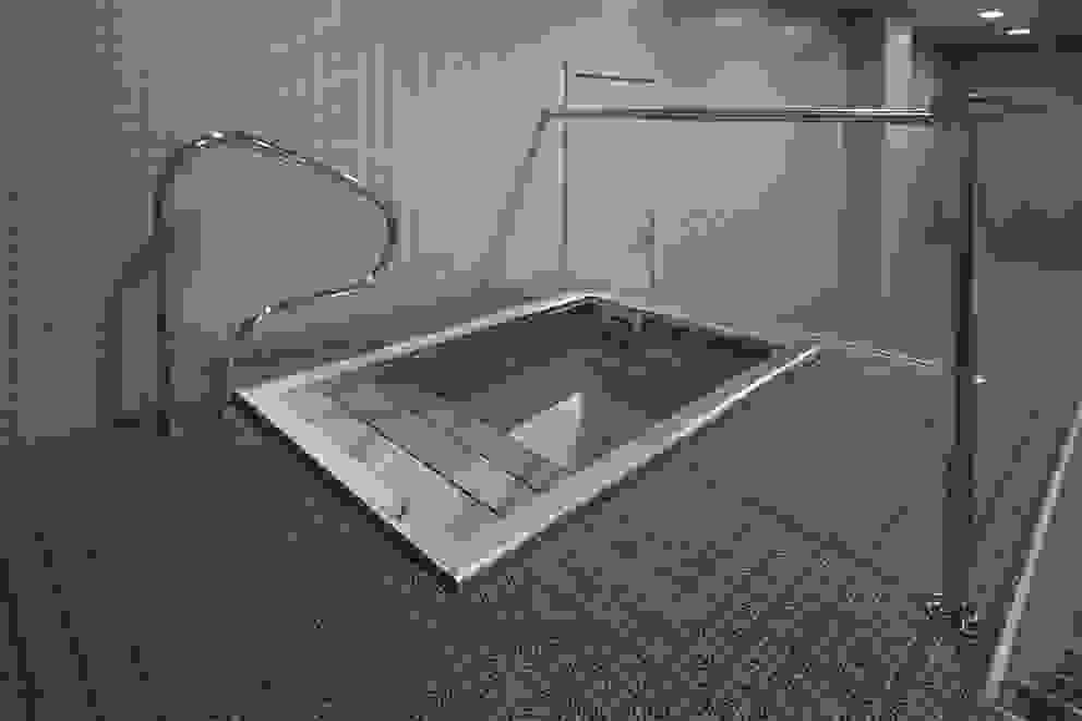 Piscinas contraste térmico | Thermal contrast stainless steel pools de INBECA Wellness Equipment Moderno