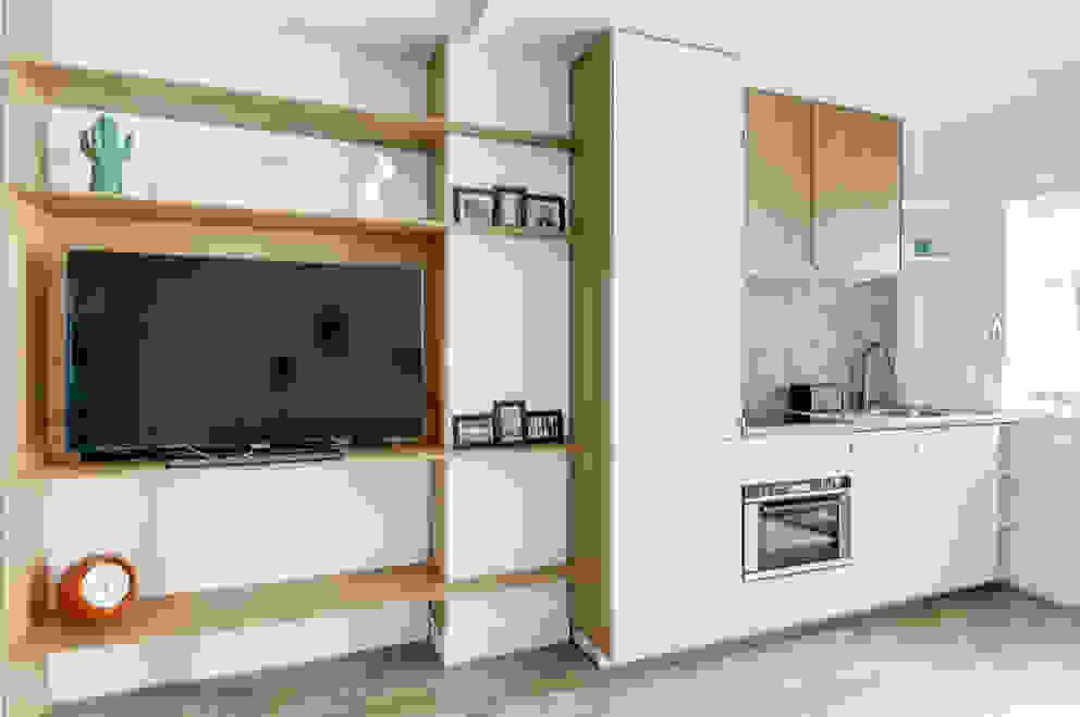Cozinhas modernas por Transition Interior Design Moderno