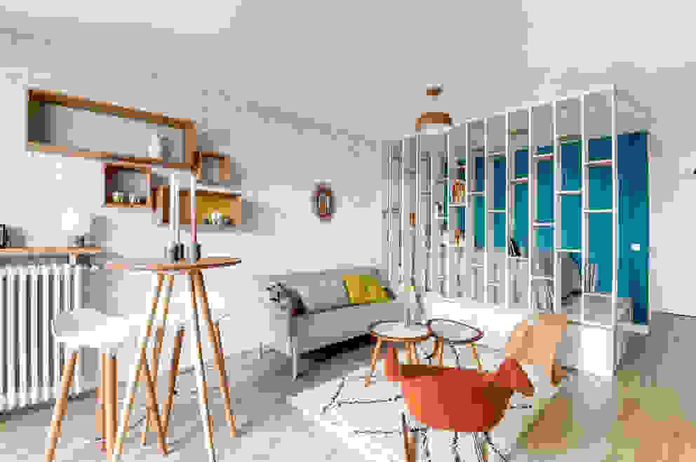 Salas de estar modernas por Transition Interior Design Moderno