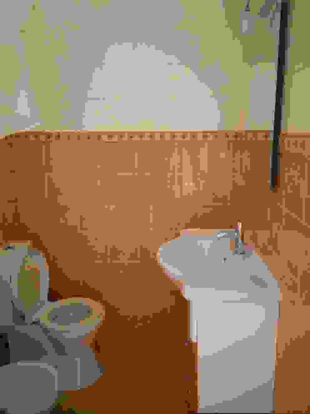 Apartamento Anos 50 | Antes Banheiros ecléticos por MUDA Home Design Eclético