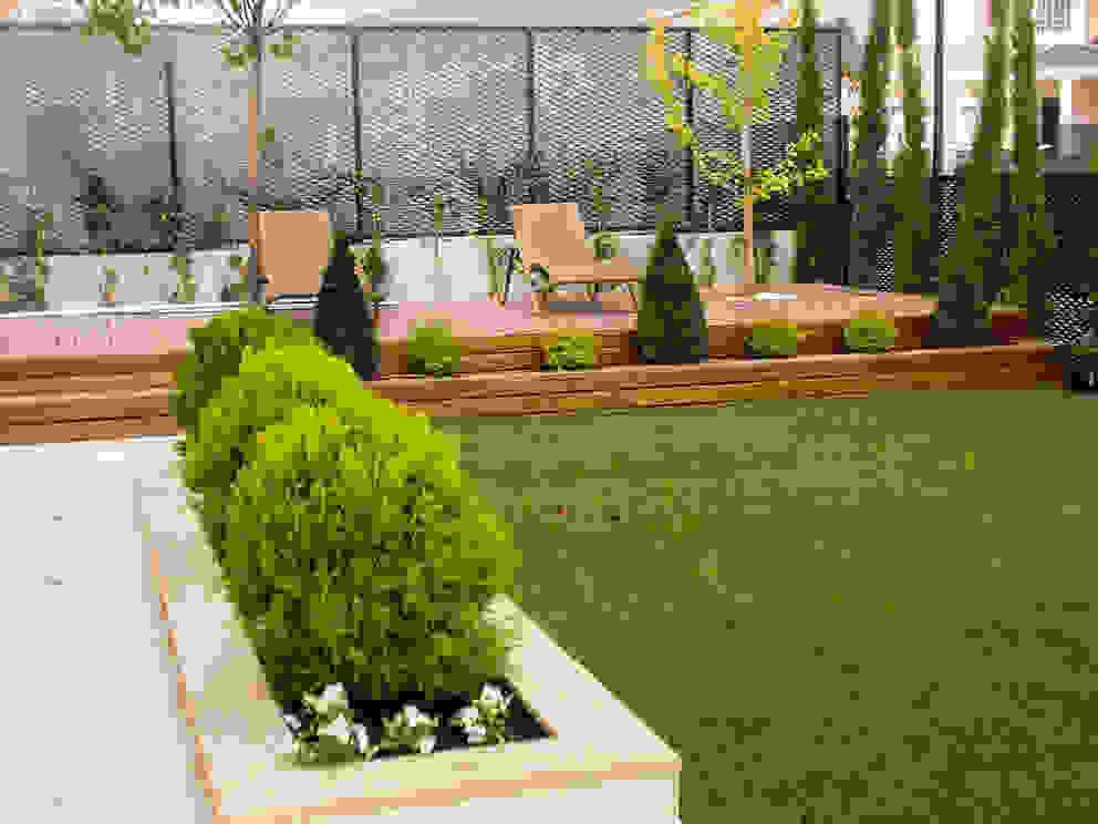 Jardins modernos por avidra Moderno