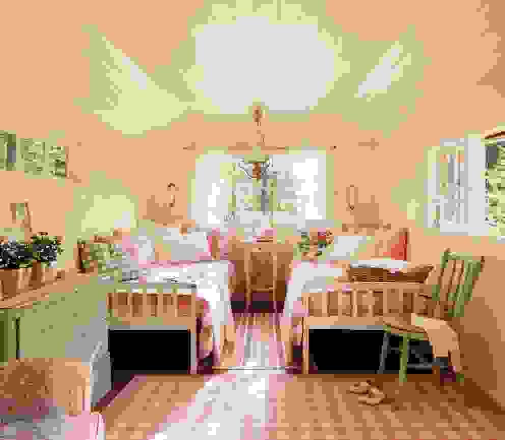 Dormitorio para niñas... de homify Escandinavo