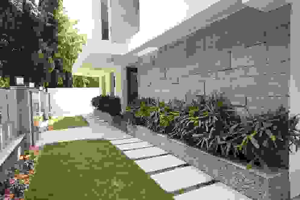 Jardins modernos por Ansari Architects Moderno