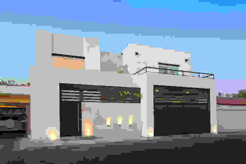 Casas de estilo  por Grupo Arsciniest, Moderno Mármol