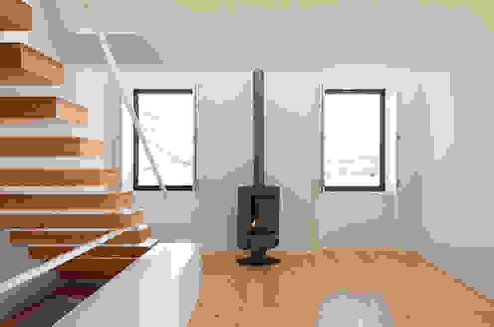 Livings de estilo  por Ricardo Caetano de Freitas | arquitecto , Minimalista