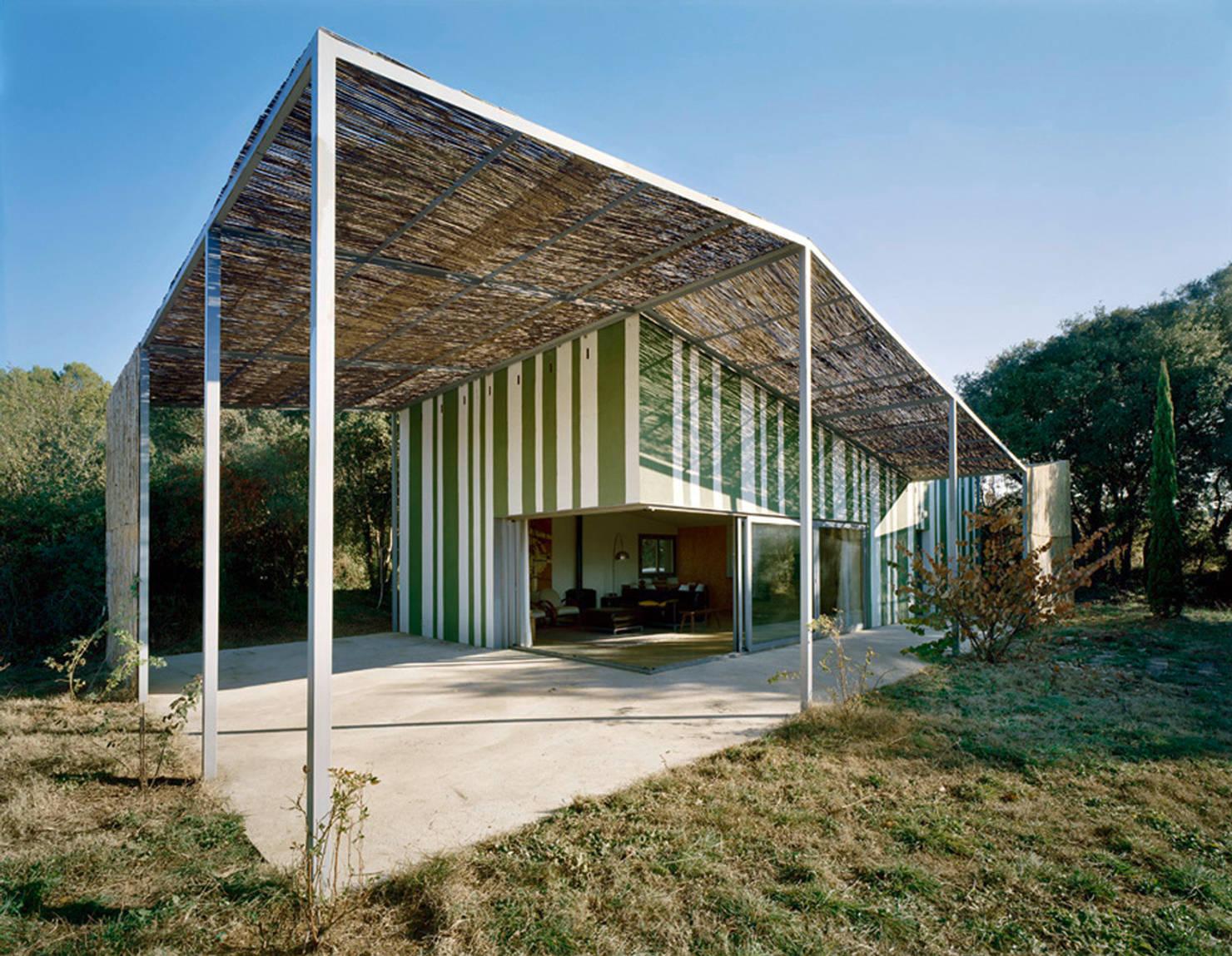 10 стильных одноэтажных домов- фотографии