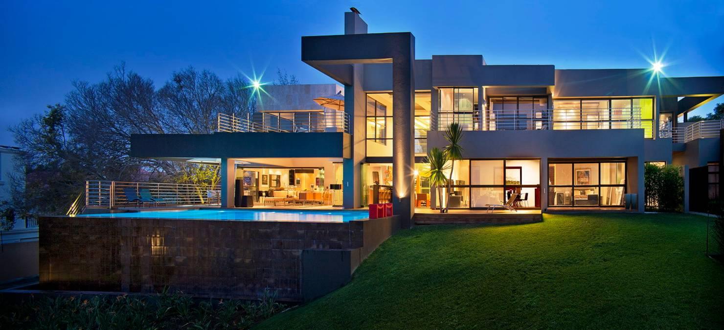 마치 고급 리조트 같은 아름다운 주택