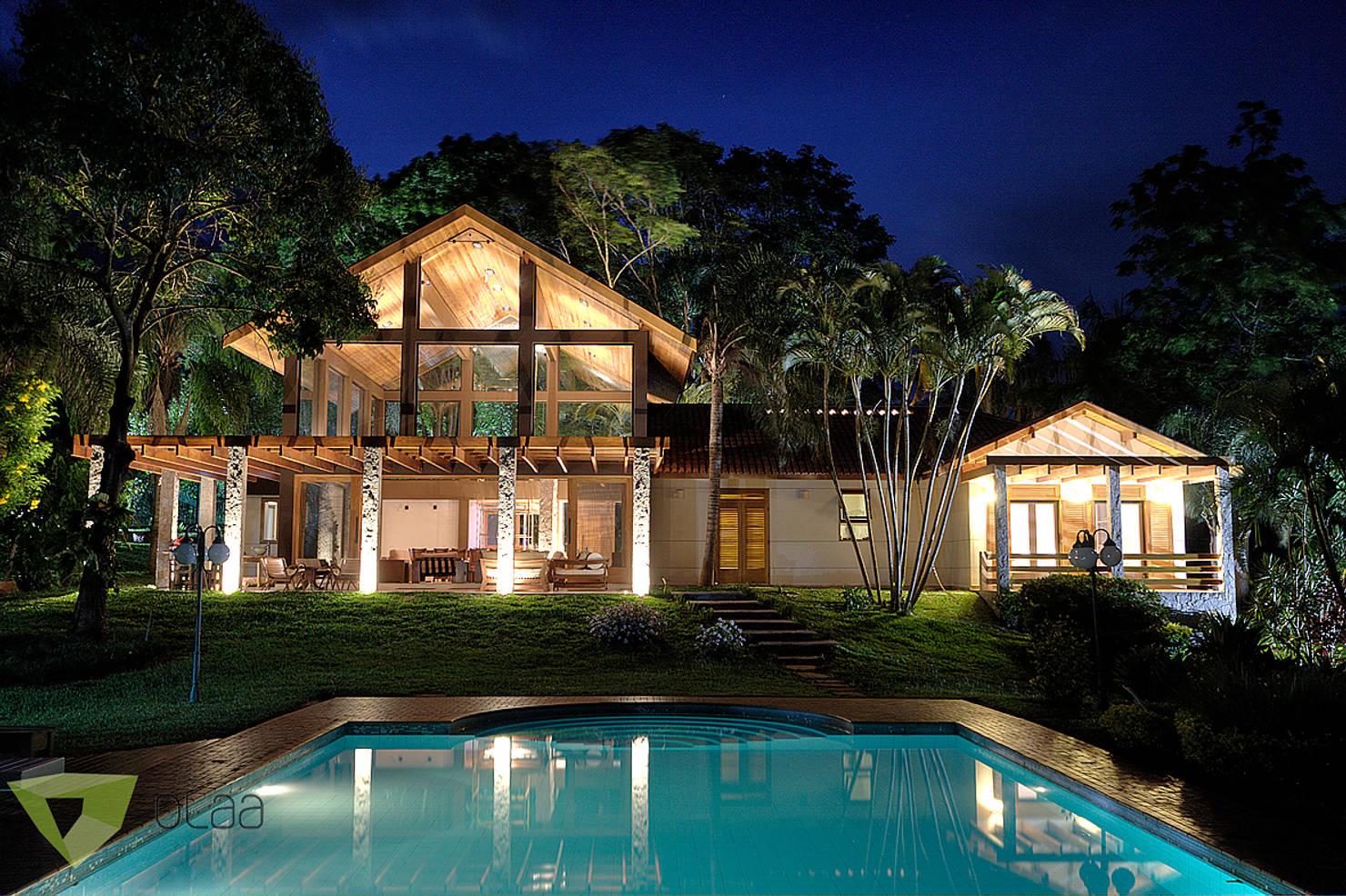 Фантастически красивый деревянный дом