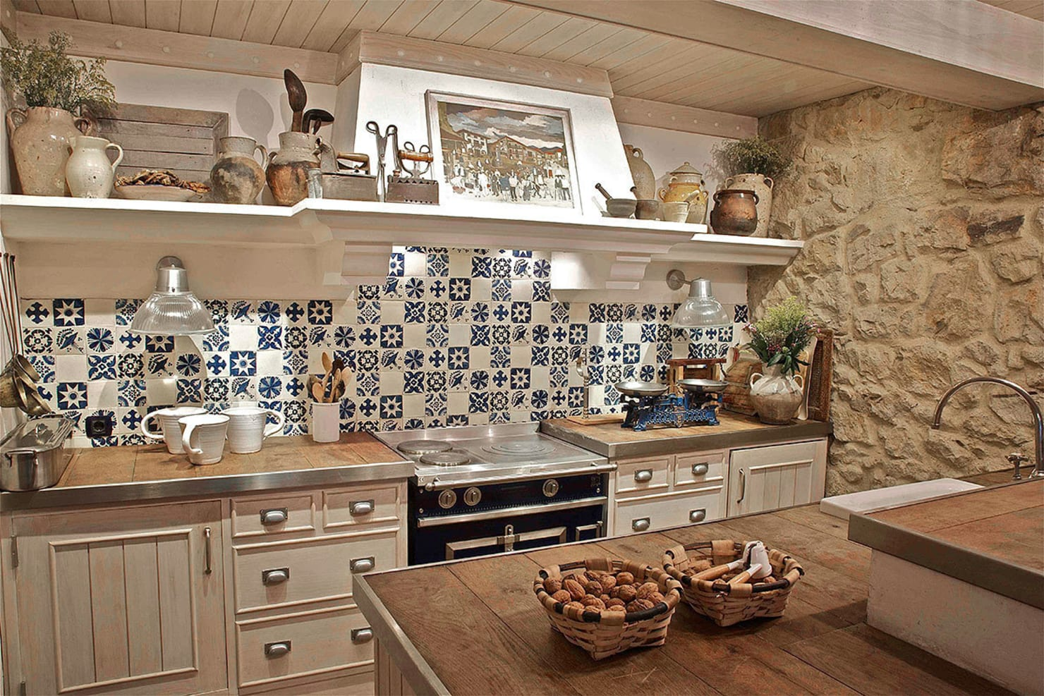 10 affordable, rustic kitchen ideas to copy