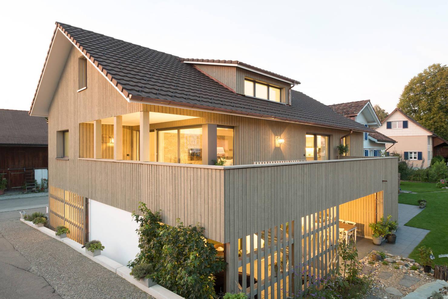 На фото - Загородный дом в стиле прованс