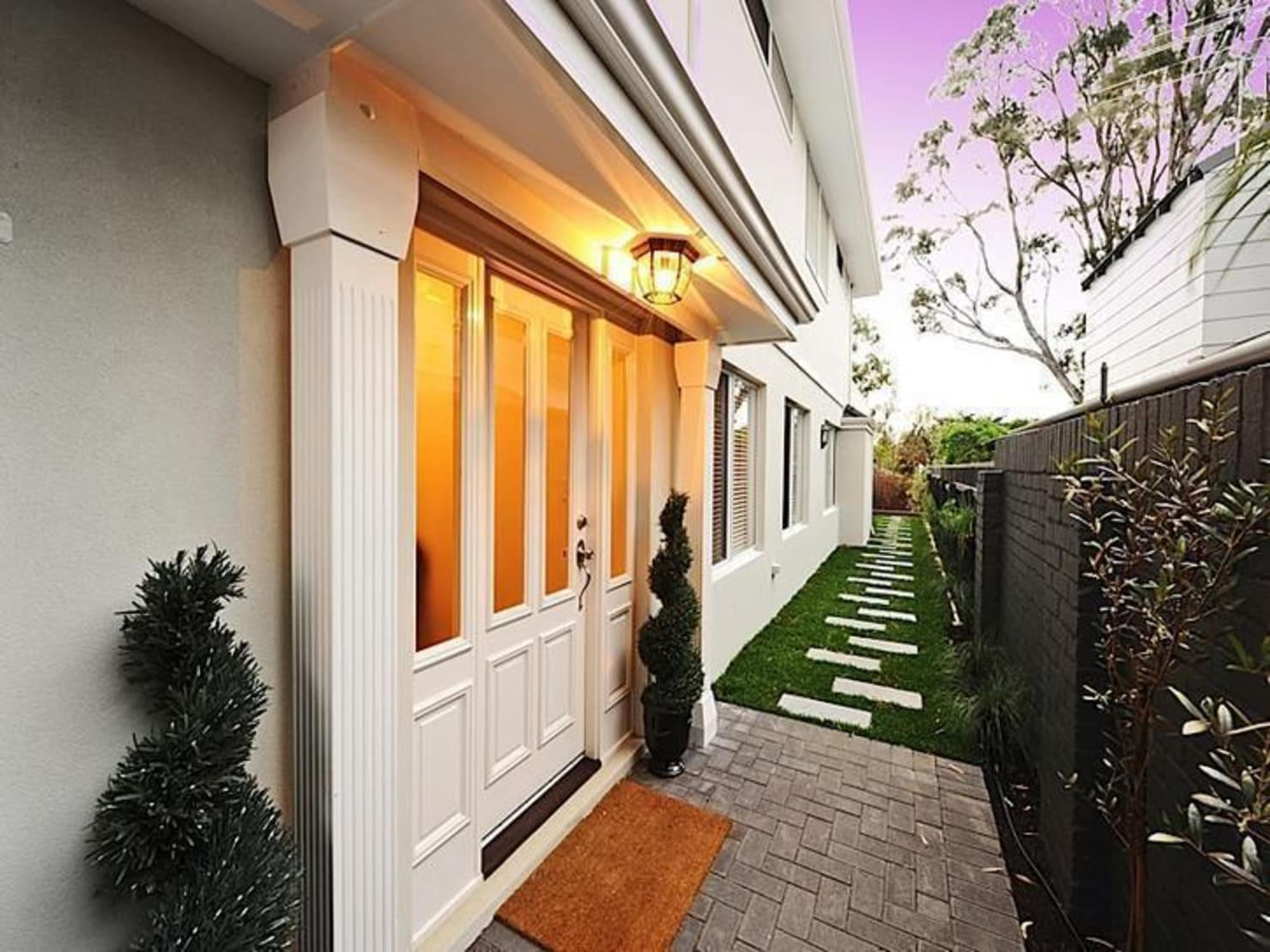 9 home entrances with ideas to copy