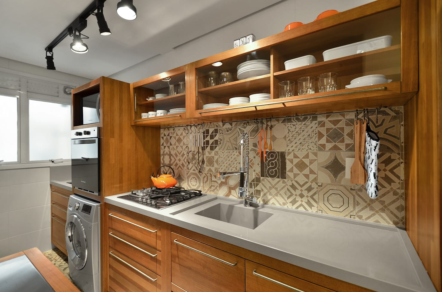 15 pictures of small kitchens for your home