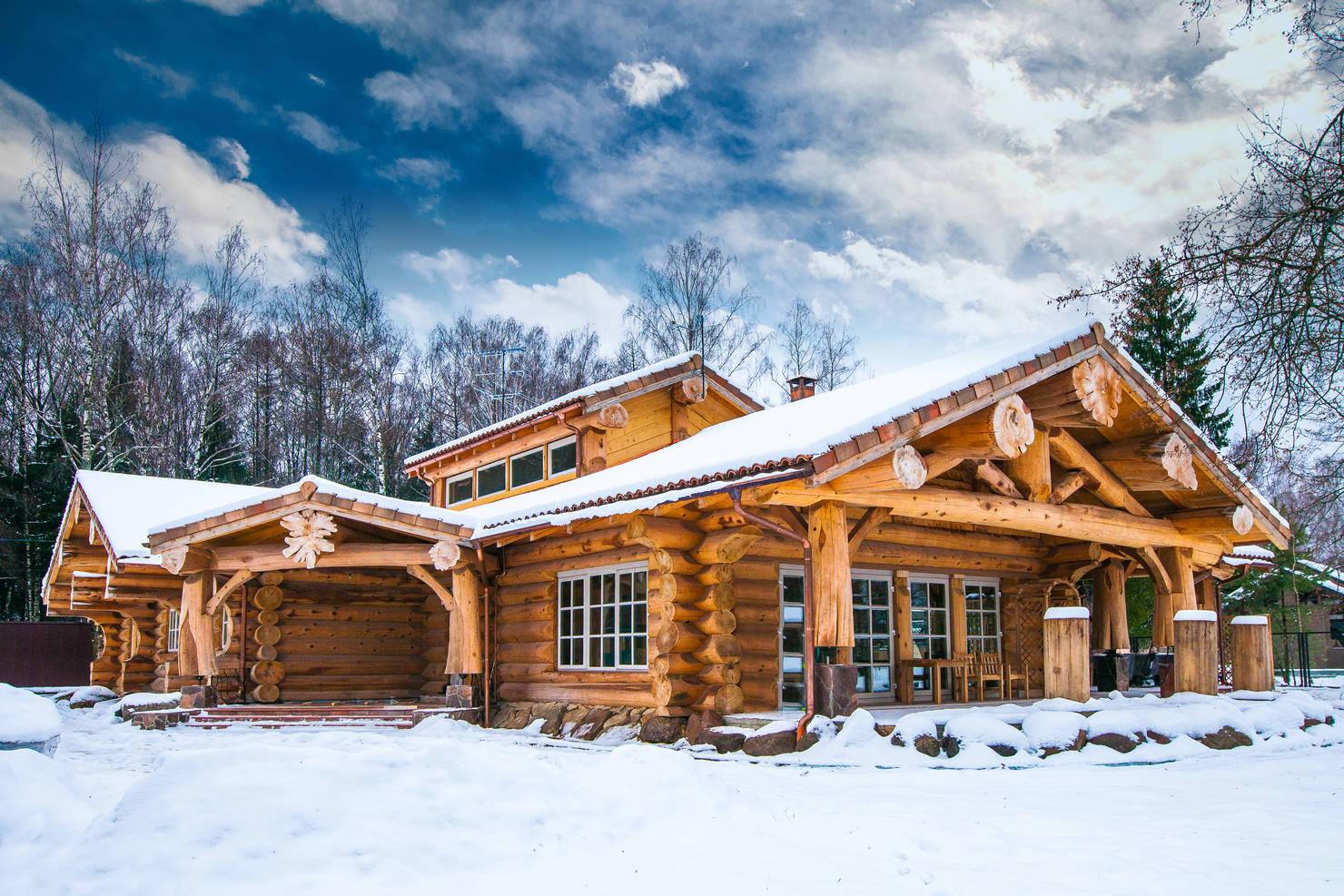 10 деревянных домов из России