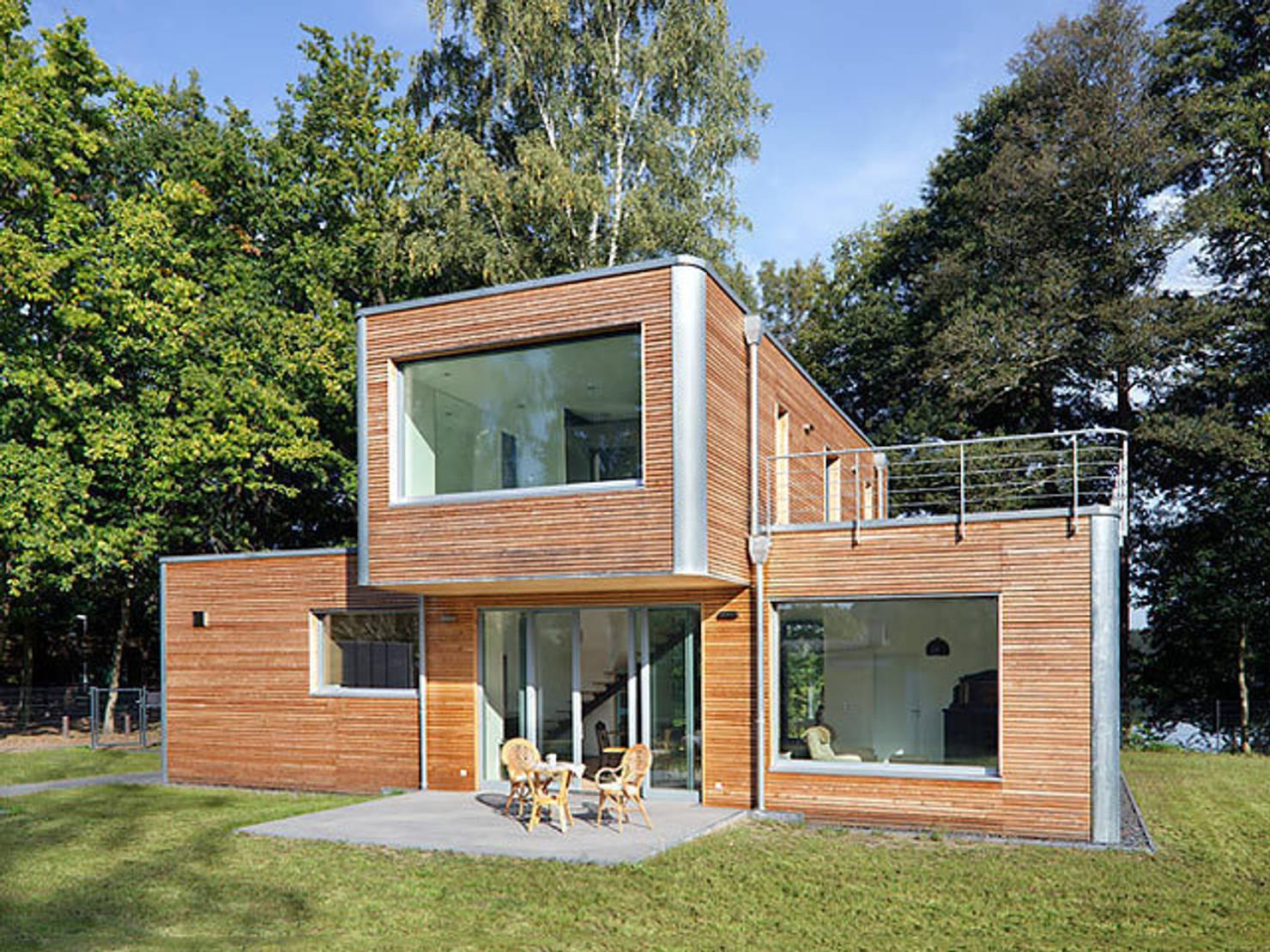 Berliner Architekt entwirft modernes Einfamilienhaus mit klarer Struktur