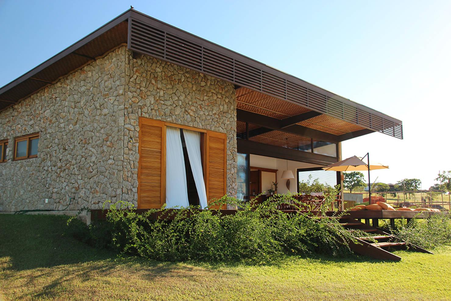 Casa modernas: 8 exemplos para desenhar uma fachada original