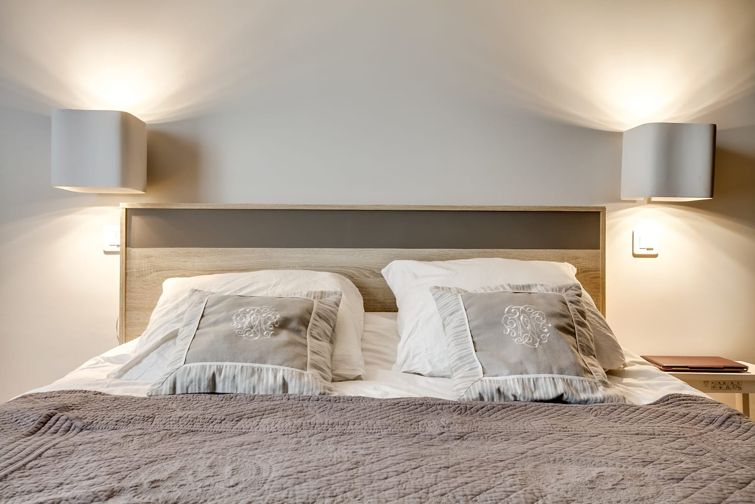 Bed decoration ideas for better sleep
