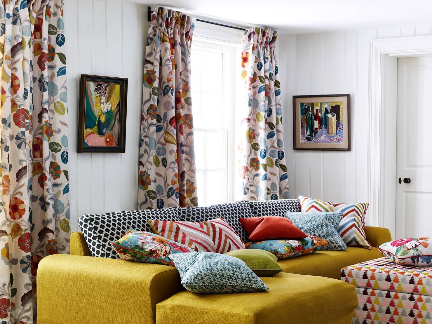 Come Scegliere Tessuti, Cuscini e Tende in Casa?