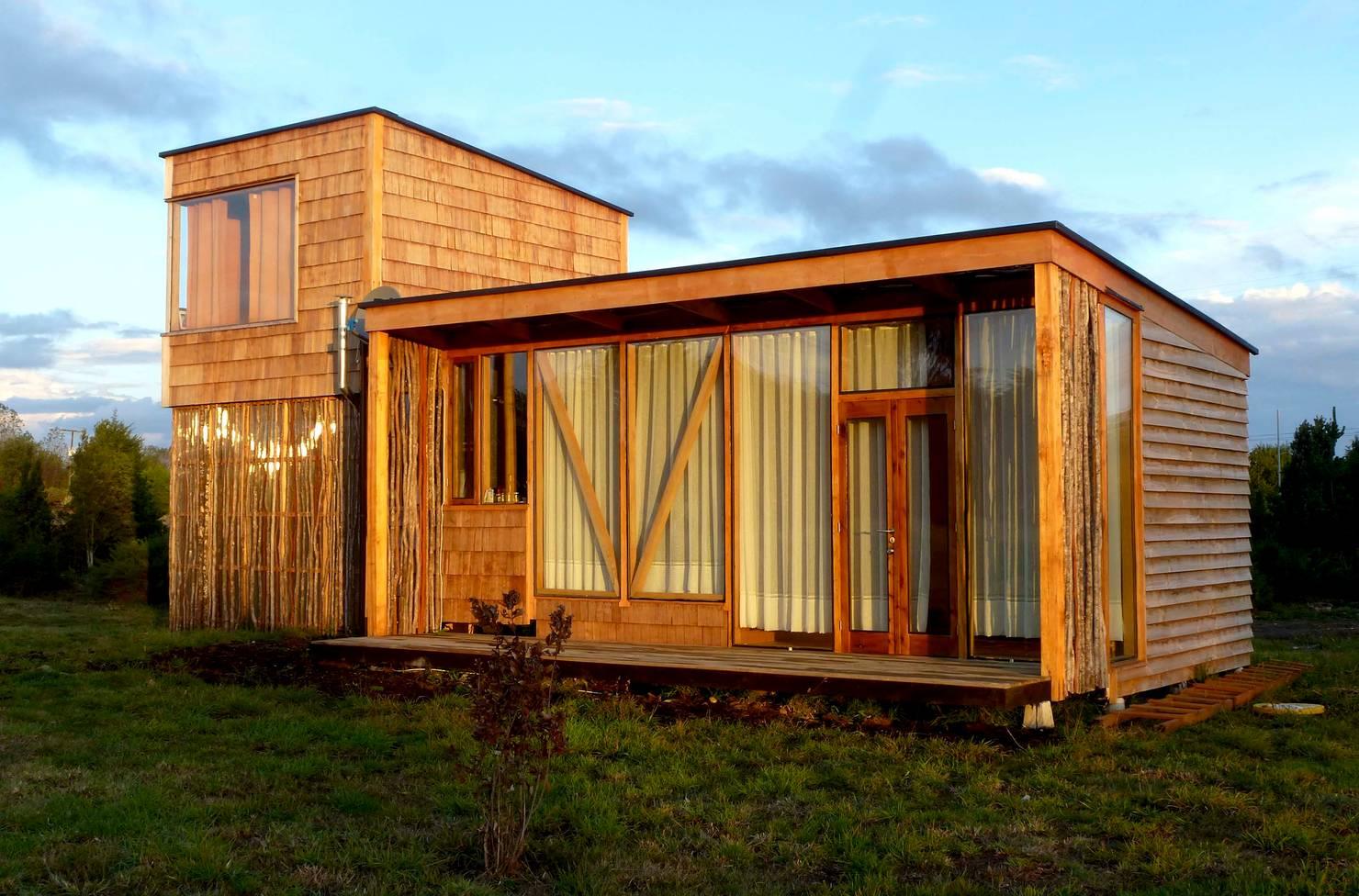 Diseño de una cabaña moderna con galería en Puerto Varas