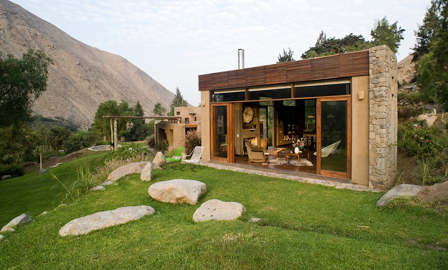 The little stone house with room for everything