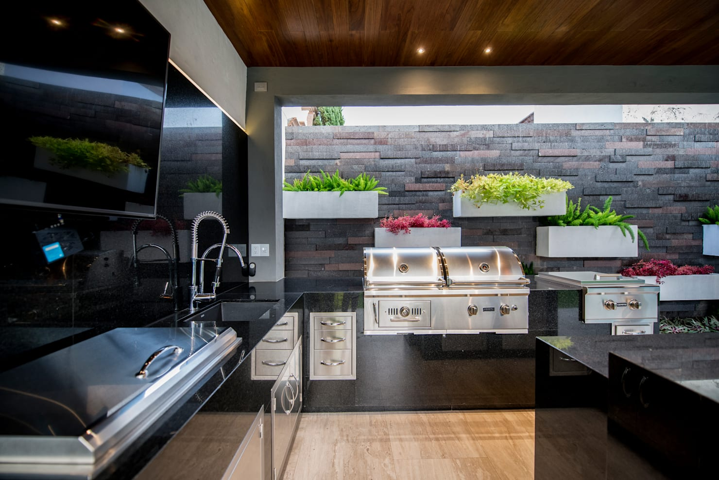 Garden ideas: 8 outdoor kitchens we know you're going to love! (in full detail)