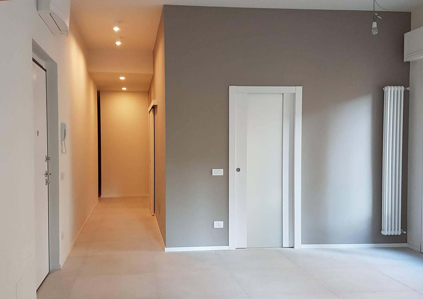 7 Modi per Rendere Più Luminoso il Corridoio e l'Ingresso