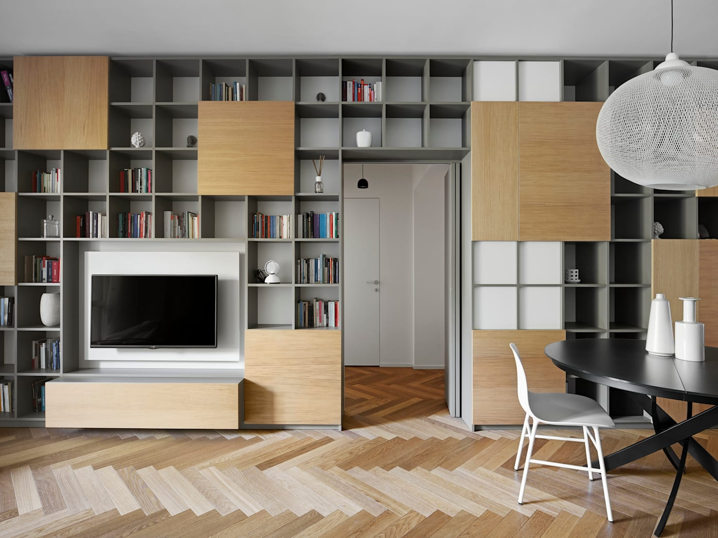 Geometry geeks: this apartment is for you!