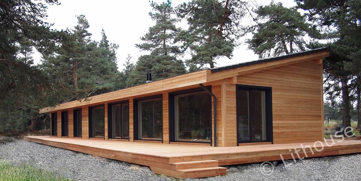 Простой проект красивого деревянного дома, с планом