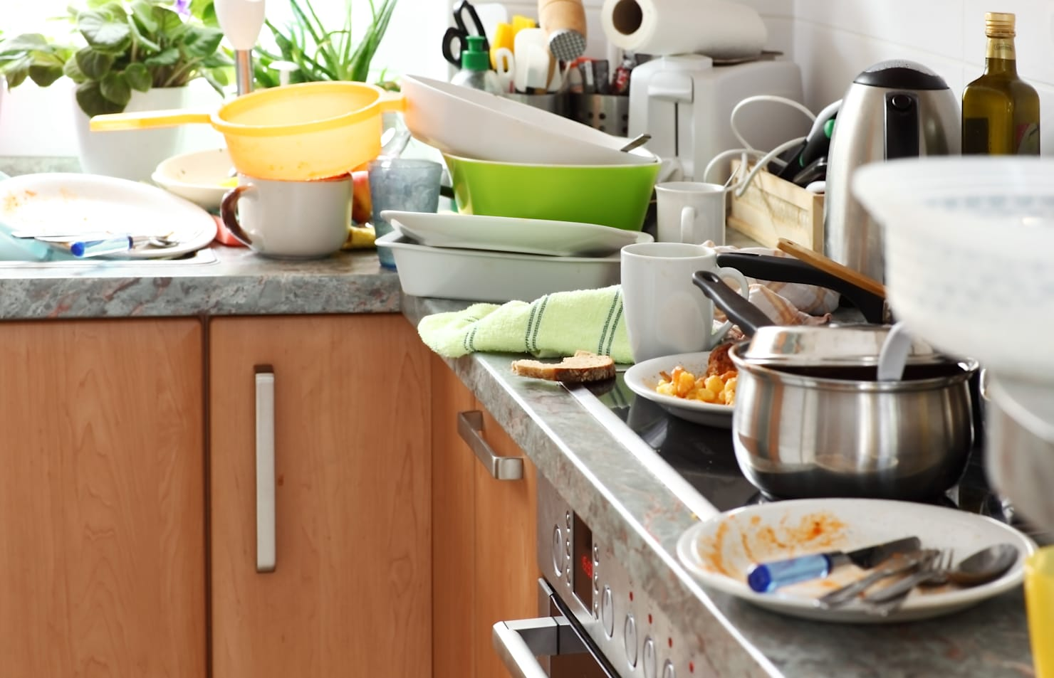 9 tips for sorting out the mess in the kitchen