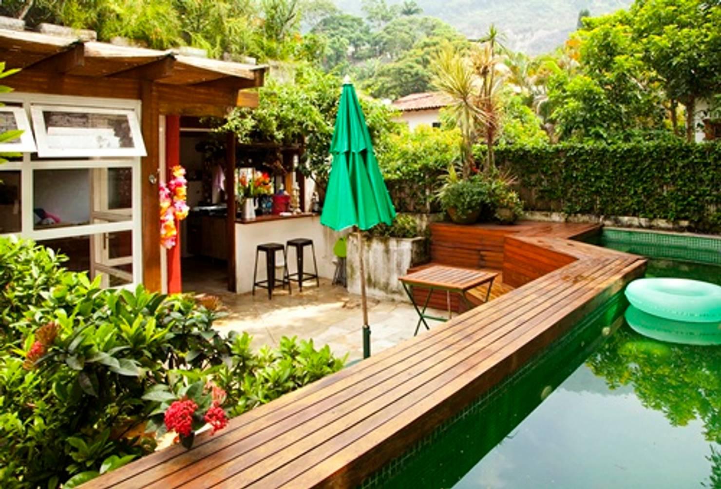 Casa Rústica No Rio de Janeiro Tem Piscina No Jardim e Muito Charme Em Cada Ambiente