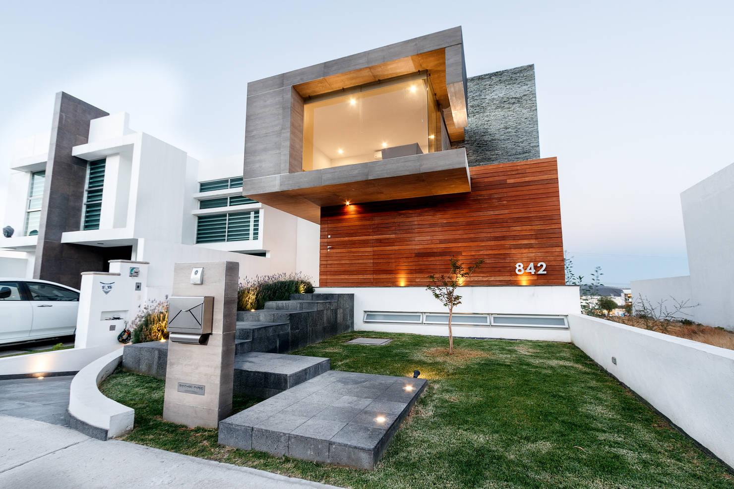 Casa Moderna Se Destaca Pelo Design E Riqueza De Materiais