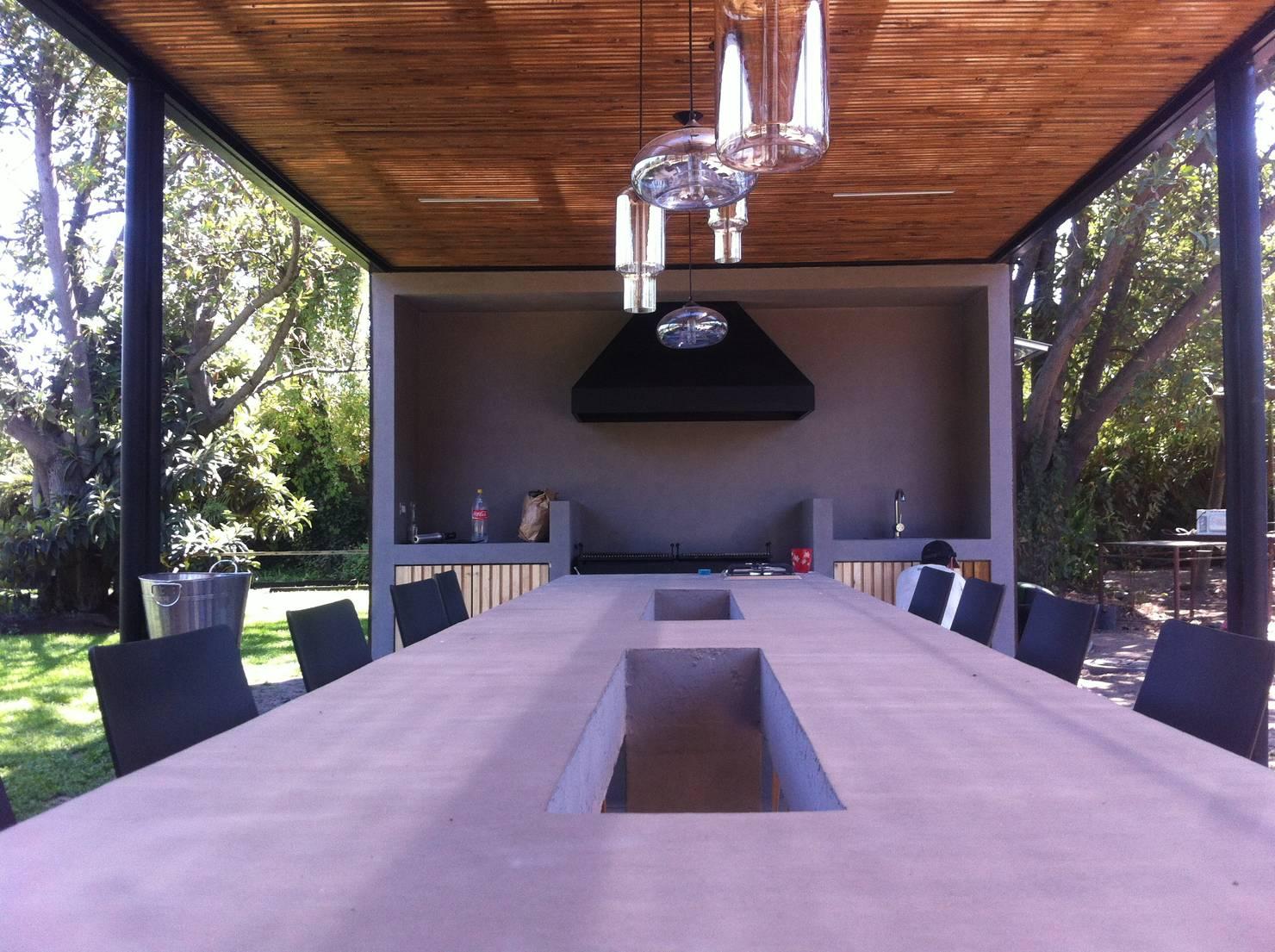 На фото - Как построить летнюю кухню своими руками