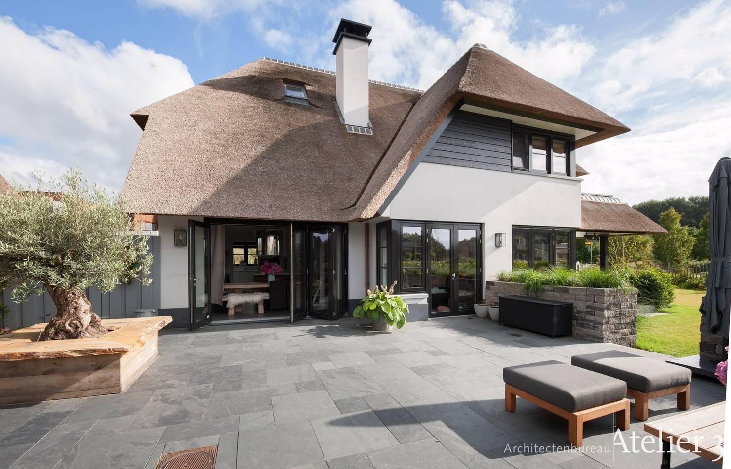 На фото - Голландский дом мечты