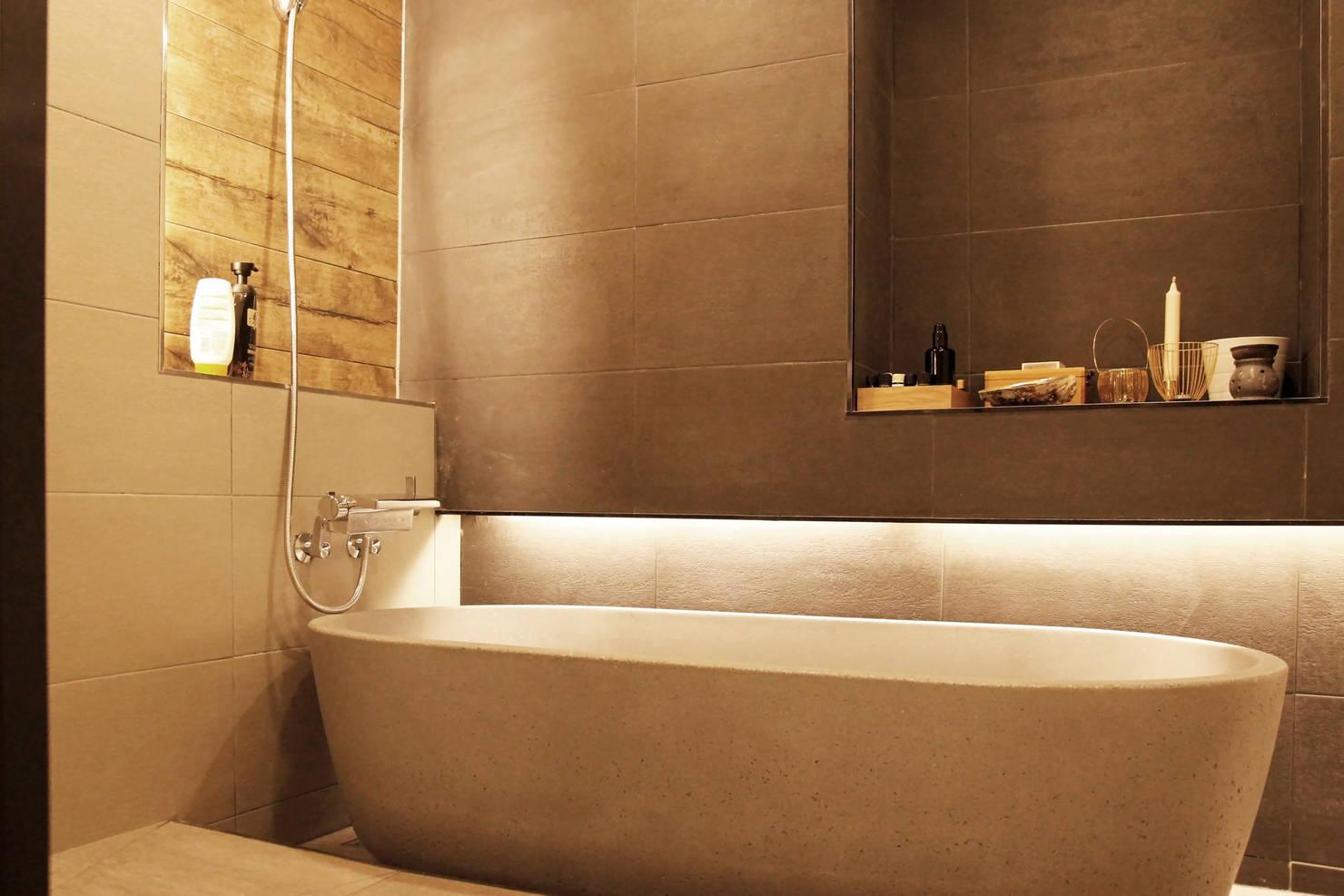 안전하고 편안한 욕실을 만드는 여섯 가지 아이디어