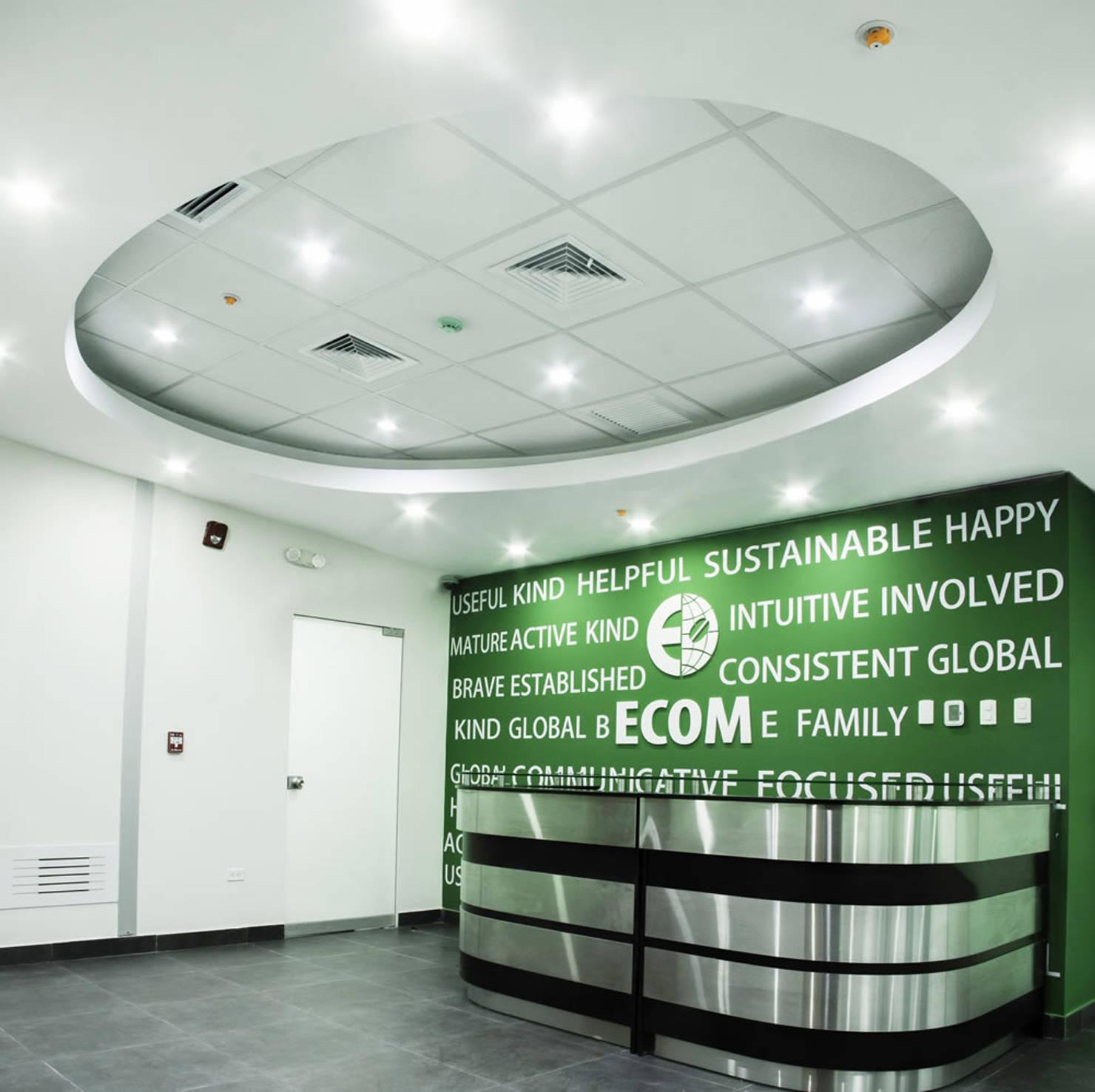Proyectos comerciales y diseño de oficinas en Lima