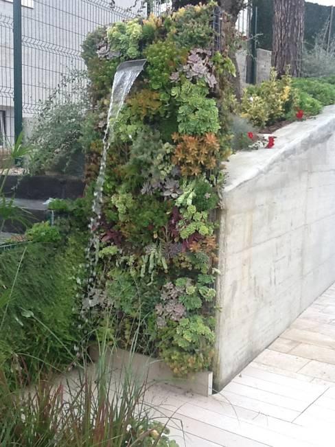 Jardines de estilo  por PhytoKinetic S.L.