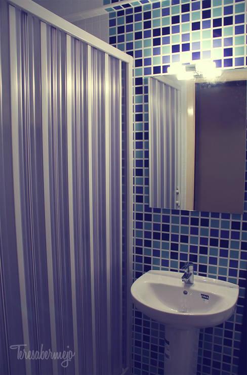 El baño de Elena: Baños de estilo  de  Diseñadora de Interiores, Decoradora y Home Stager