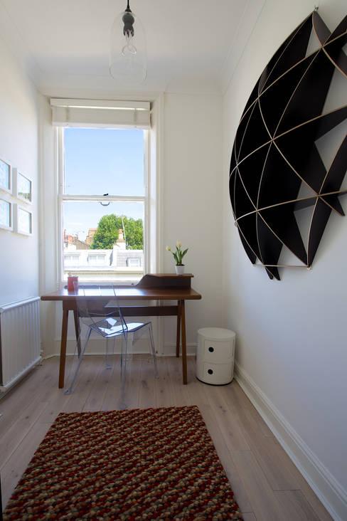 Cassidy Hughes Interior Design:  tarz Çalışma Odası