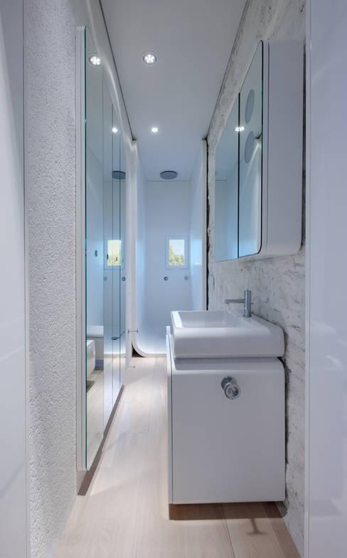 Baños de estilo  por Simone Micheli Architectural Hero